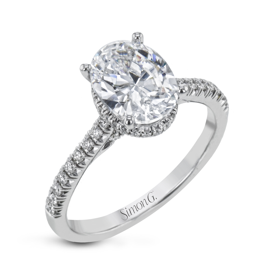 LR2345 oval engagement ring